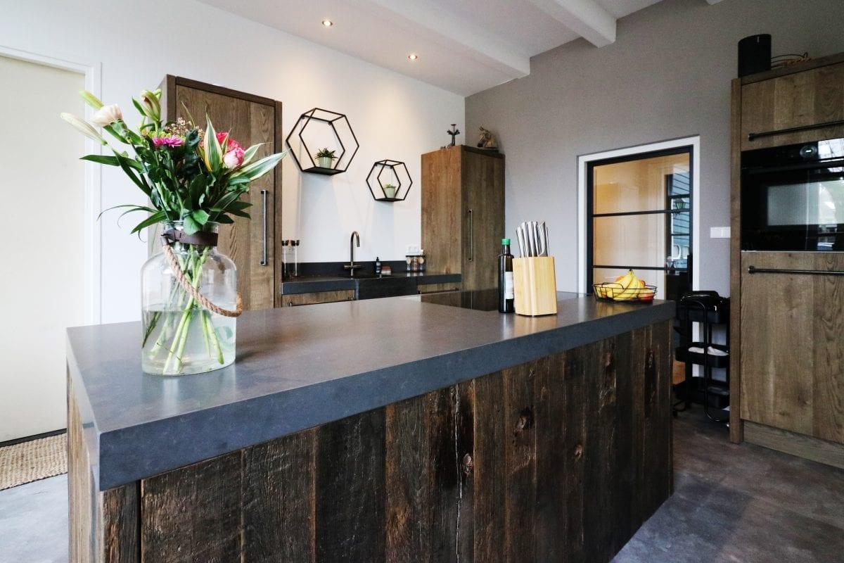 Maatwerk keukenblok   Heerjansdam