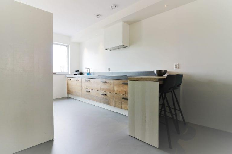 Strakke moderne keuken Utrecht